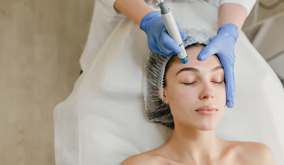 maquillage permanent à visée réparatrice