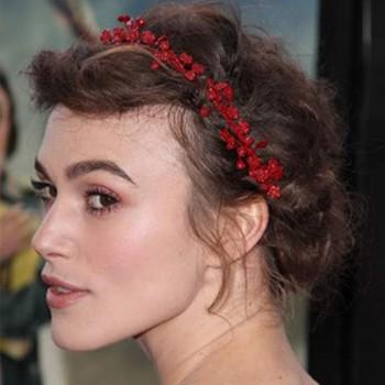 Coiffure avec Headband fleuri, Keira Knightley